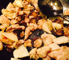 Pollo Funghi e Bambu